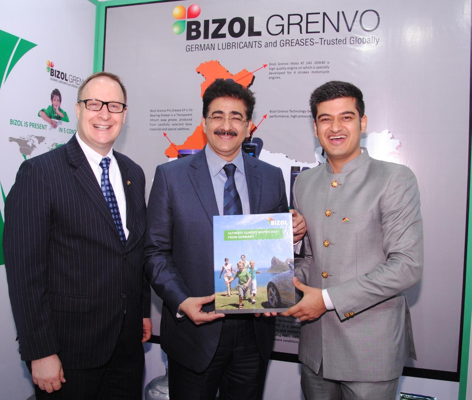 Sandeep Marwah Inaugurated Bizol Stall at German Pavilion   Asian