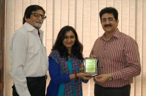 Sandeep Marwah Honored for Art Promotion