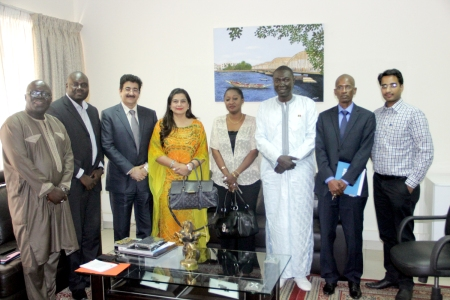 Visit of Sandeep Marwah to Ministry of Communication at Dakar