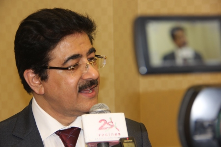 Sandeep Marwah Honored for Five World Records