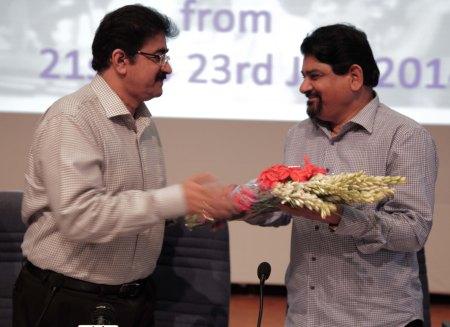 Santosh Bhartiya at ASMS
