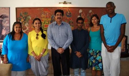 Hindi Speaking Students From United Kingdom