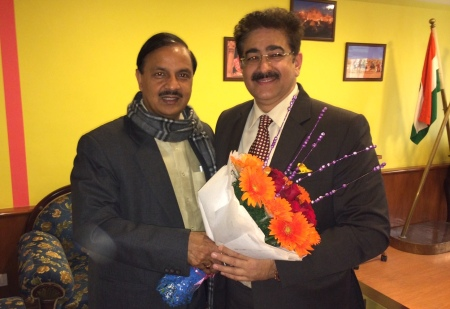 Sandeep Marwah With Minister Dr. Mahesh Sharma