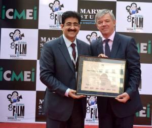 Sandeep Marwah Honored Milan Hovara